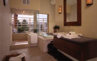 New American Home Bathroom