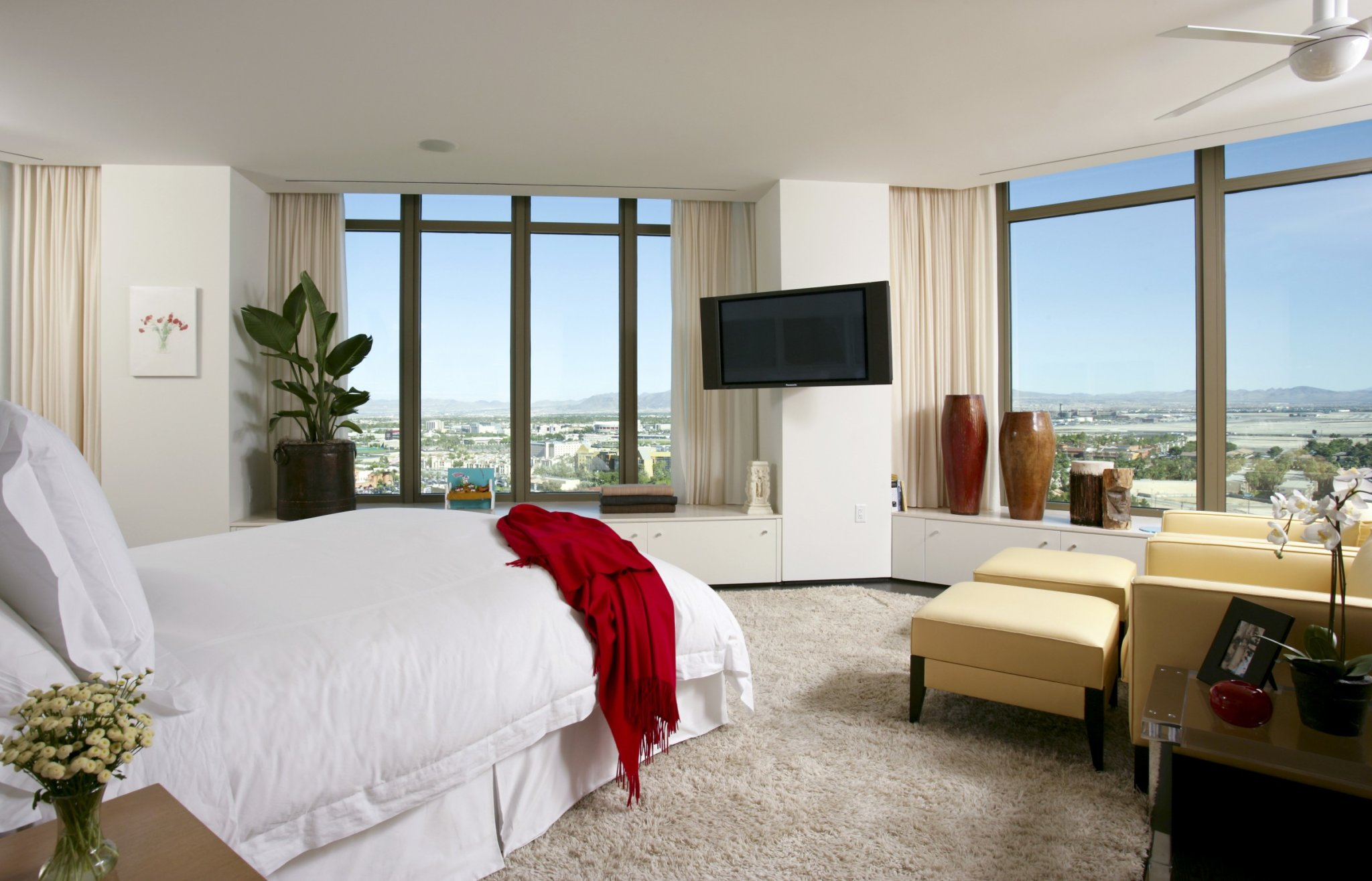Private Residence At Park Towers Condominiums Bedroom