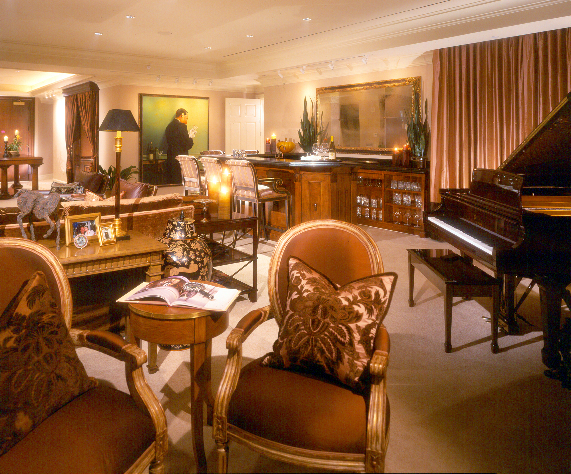 Private Residence At Park Towers Living Room With Bar